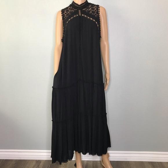 Fate Dresses & Skirts - Black pocketed crocket lace dress